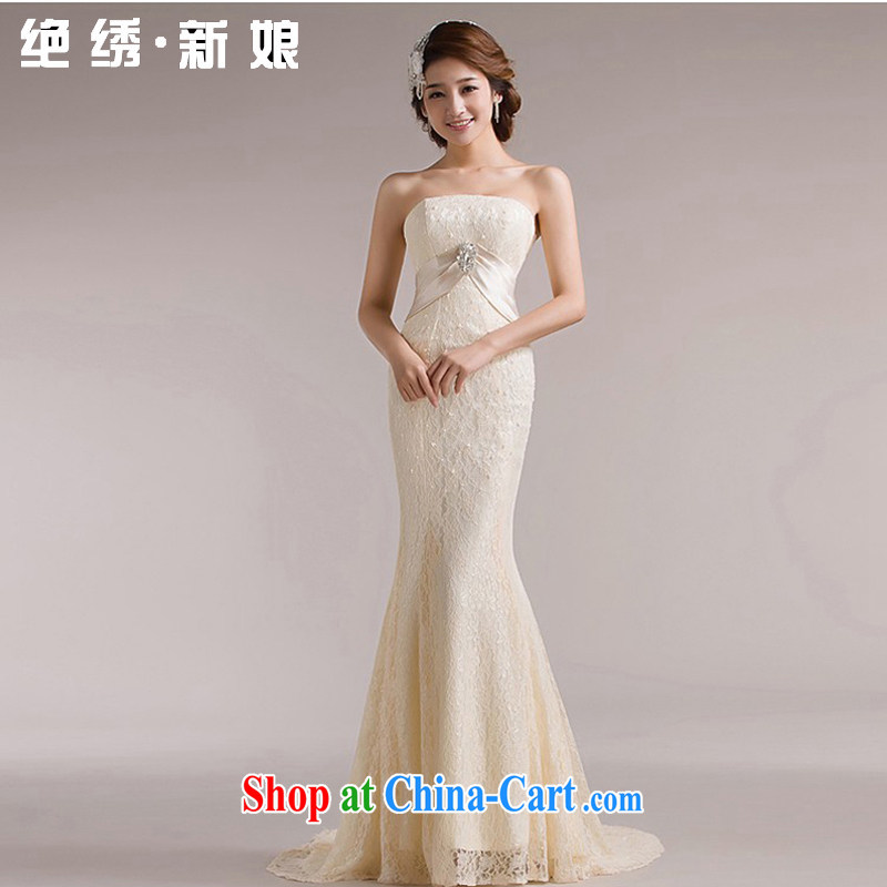 There is embroidery bridal 2015 new three-dimensional lace Korean version at Merlion-tail tied behind with a theme wedding champagne color set is not returned.