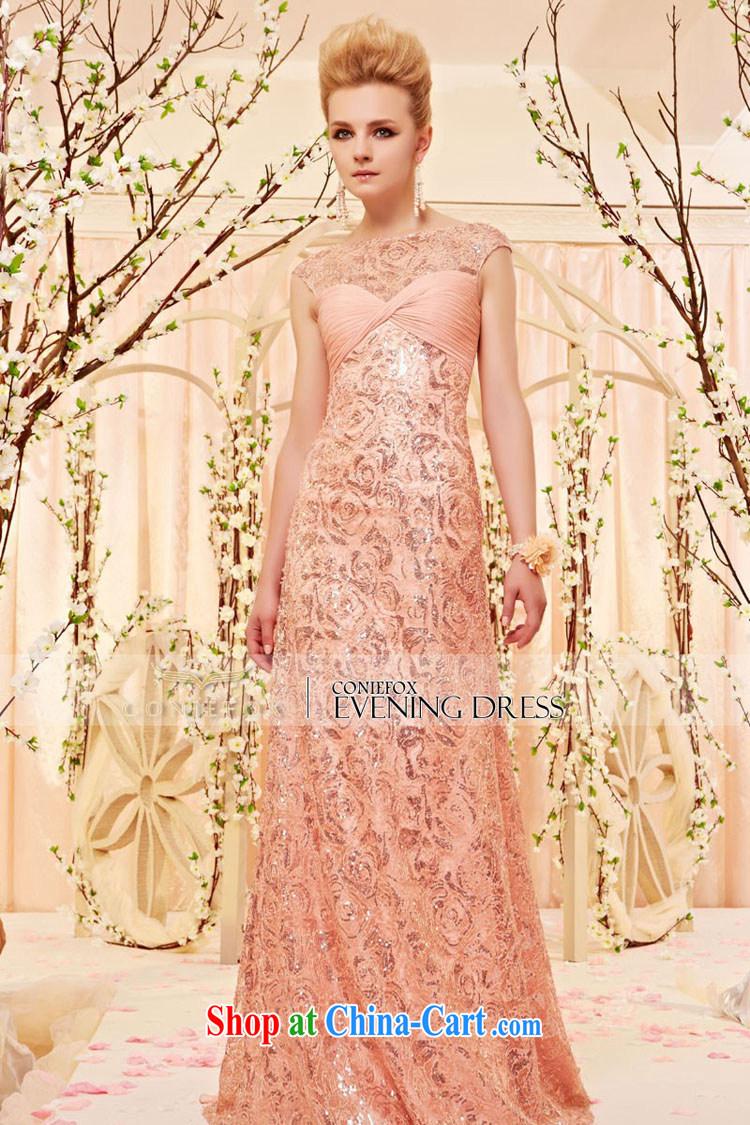 Вечернее платье с кружевом и цветами 148