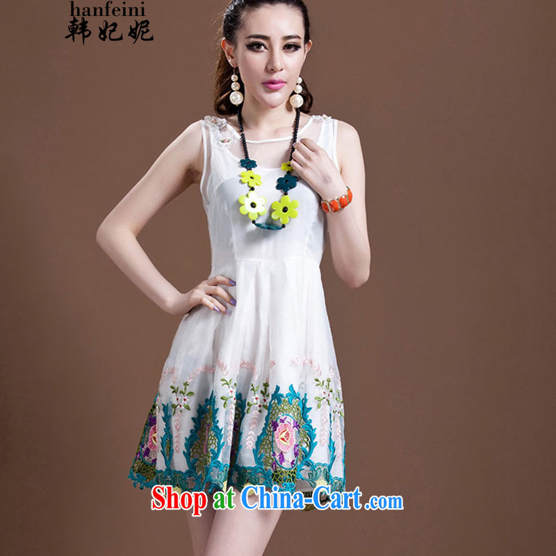 Korean Princess Anne new female American Princess shaggy skirts embroidered embroidery European root dress generation 2.636029 billion white L